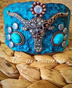 turqouise long horn bracelet