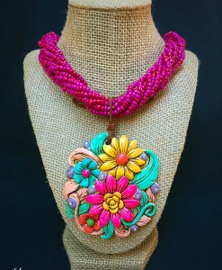Round Flower Clay Pendant Necklace ( Magenta )