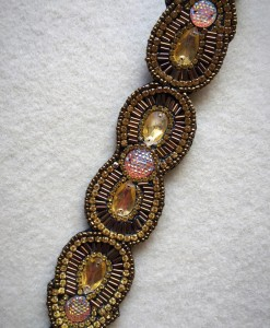 """Sonia"" Fashion Beaded Headband _ Gold"