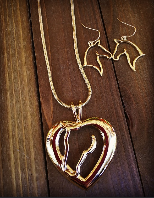 Horse Love Necklace Set ( Gold )
