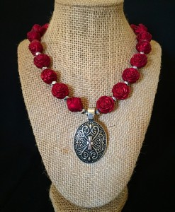 Rose & Oval Concho Necklace