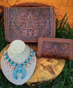 TRINITY RANCH TOOLED HANDBAG COLLECTION