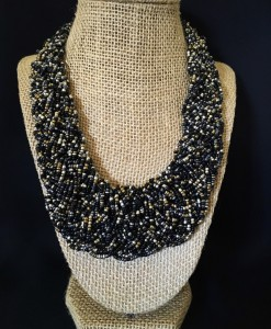 BRAIDED BEAD NECKLACE ( BLACK MIX )