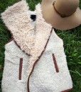 """ Love Fur "" Vest ( Oatmeal )"