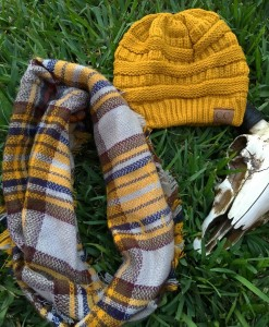 women's plaid scarf