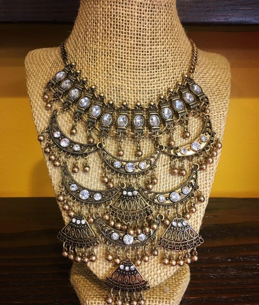 ANCIENT CRYSTAL NECKLACE