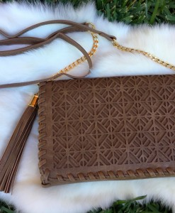 CUT OUT CROSSBODY CLUTCH BAG