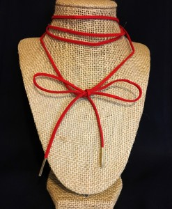 BOW WRAP CHOKER RED