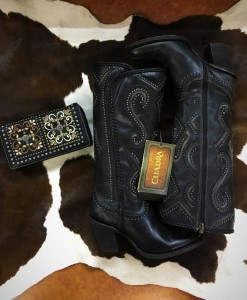 cuadra boots & montana west wallet
