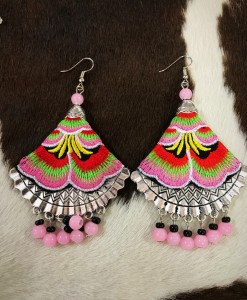 FLORAL EMBROIRED EARRIN