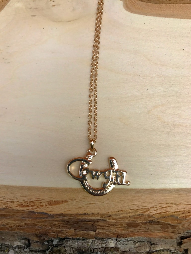 """"""" Cowgirl """" Necklace ( gold )"""