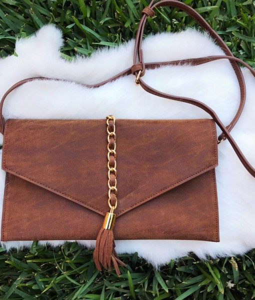Envelop & Chain Tassel Clutch / Crossbody  ( Taupe )
