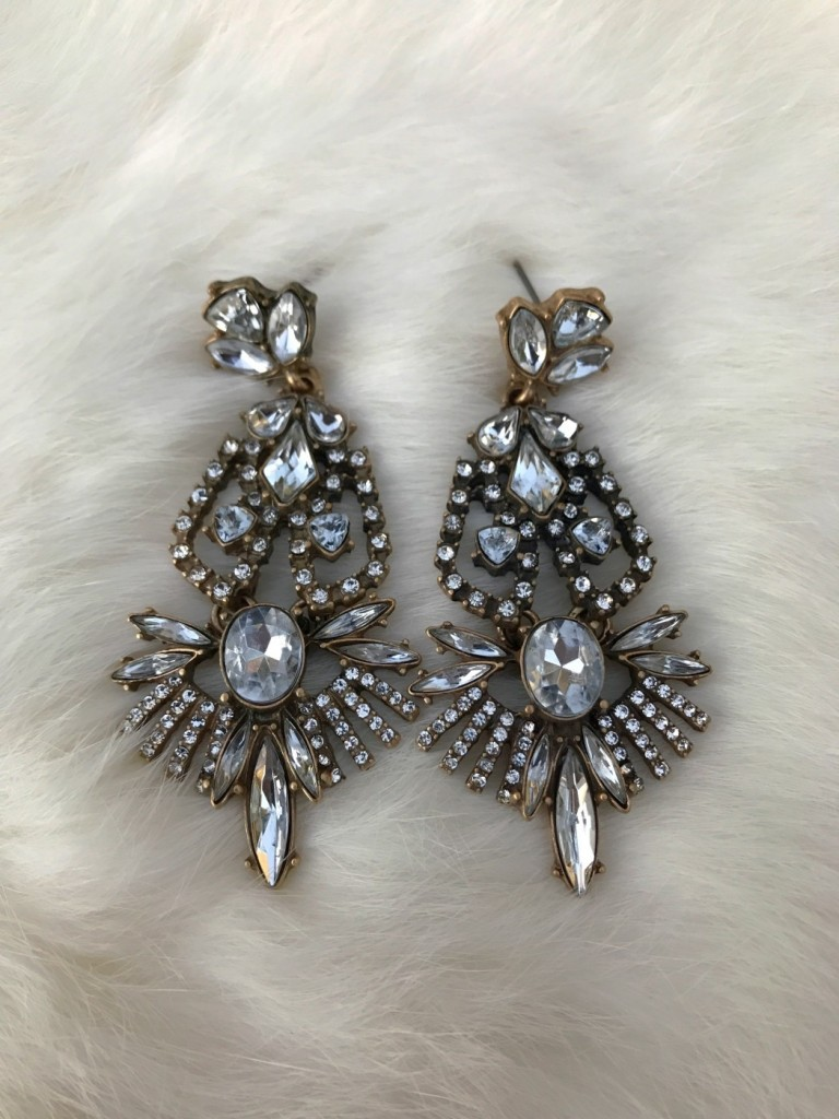 """ Gaga "" Crystal Earrings ( Silver )"