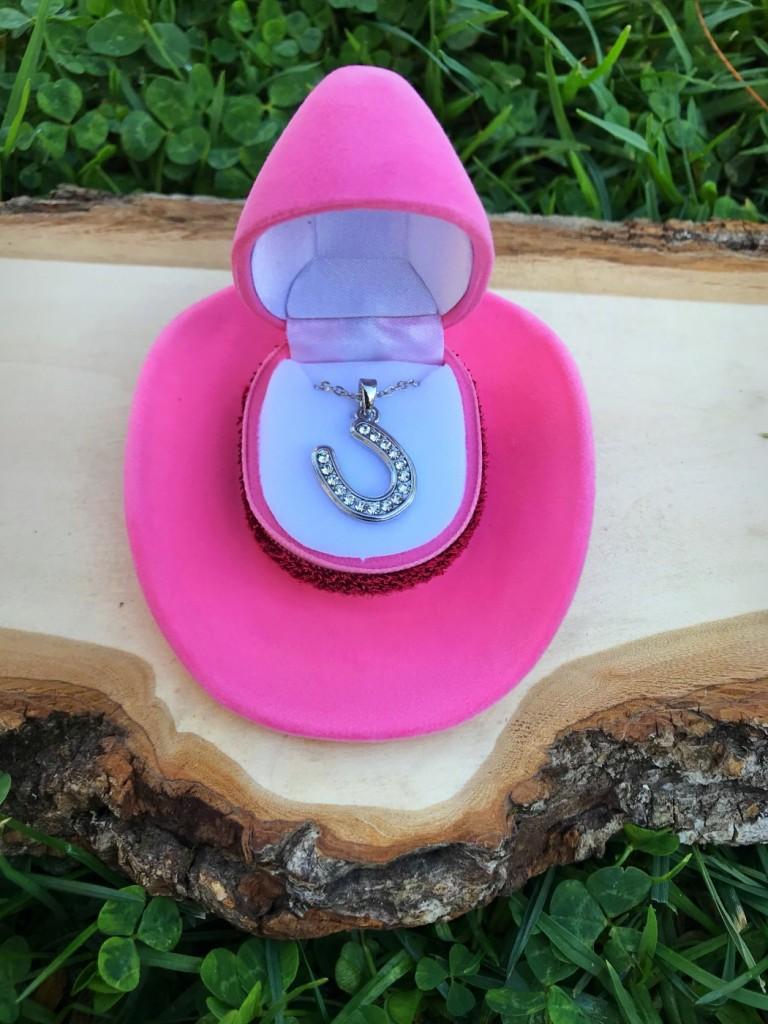 kids jewelry  rhinestone horseshoe necklace