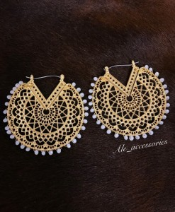Cut Out Detail Half Moon Earrings ( Gold / White )
