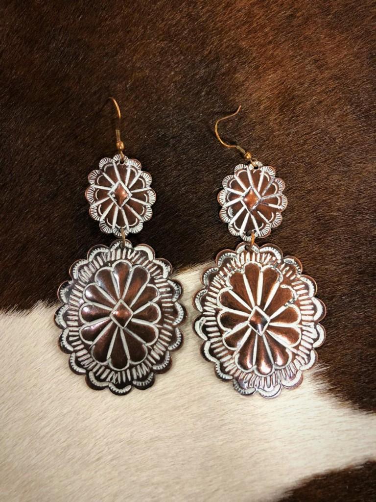 Concho Earrings ( Copper / White )
