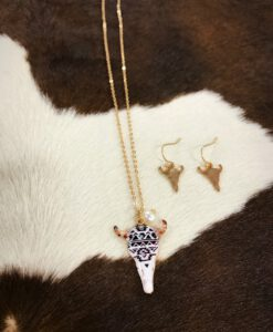 """ Aztec "" Print Bull Skull Necklace Set"