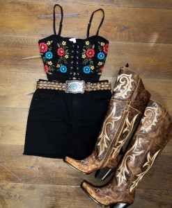 embroidery lace up crop top