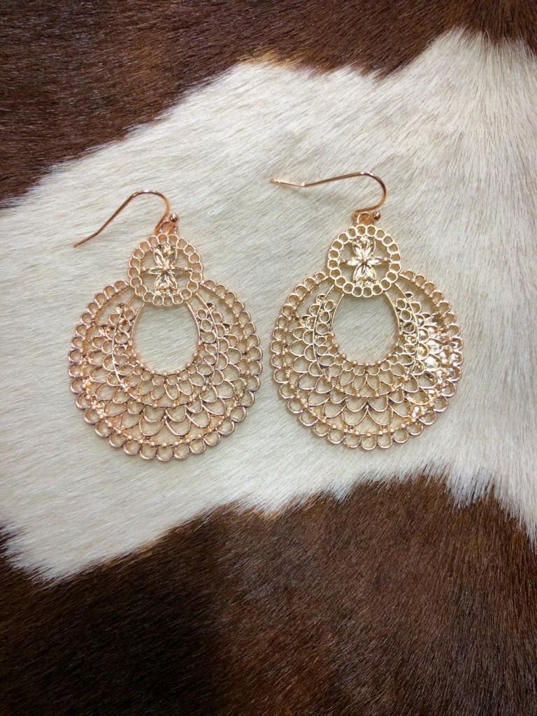 gardenia cut out earrings