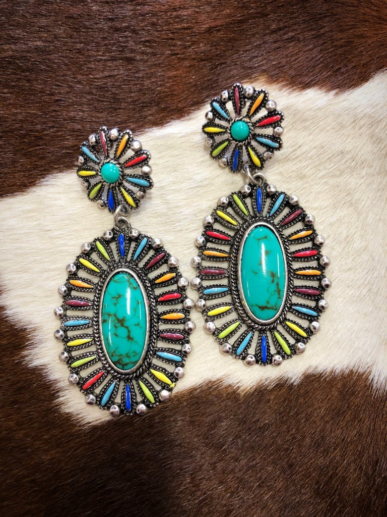 WESTERN FASHION EARRING