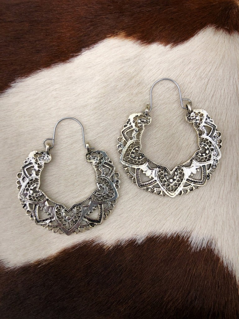 """"""" Lucia """" Cut Out Detail Earrings ( Silver )"""