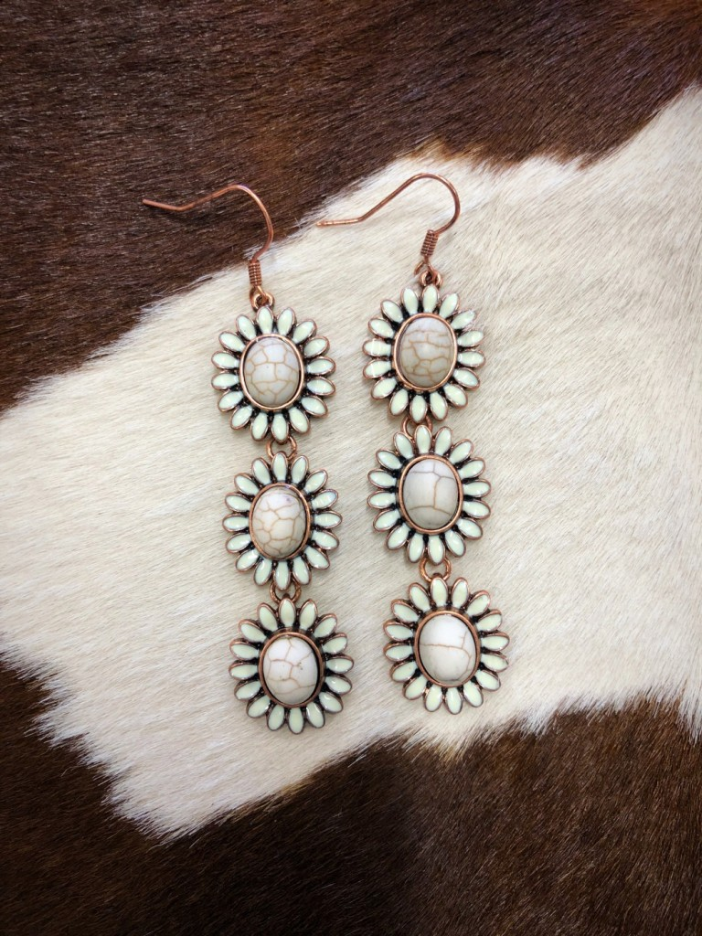 """ Kaylee "" Triple Flower Stone Earrings ( White )"