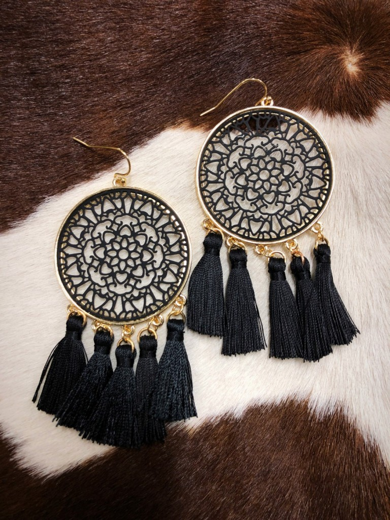 women's fashion tassel earrings