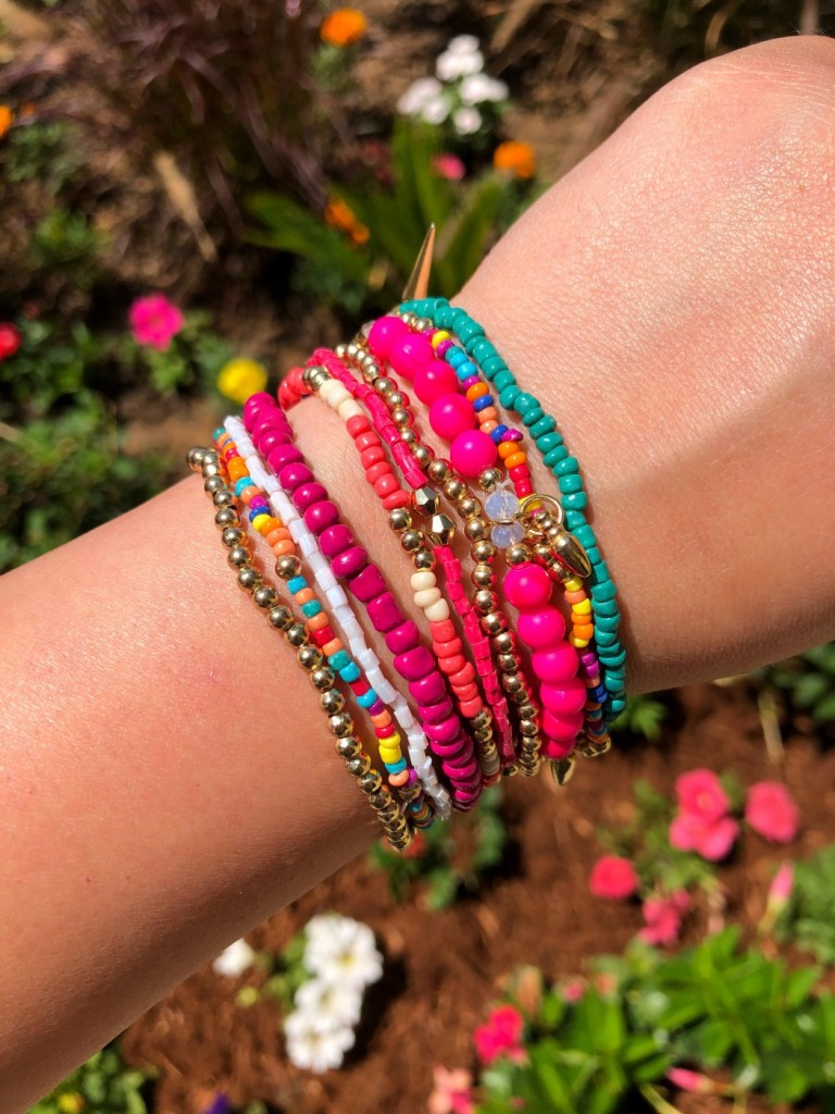 """ Pretty In Fuchsia "" Bracelet Set ("