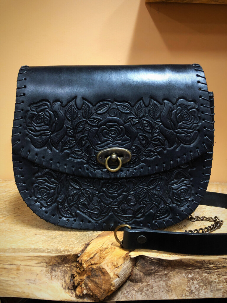 LARGE ROSE LEATHER BAG