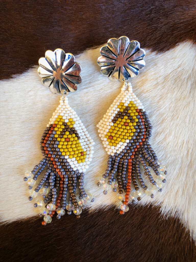 HORSE BEAD EARRINGS